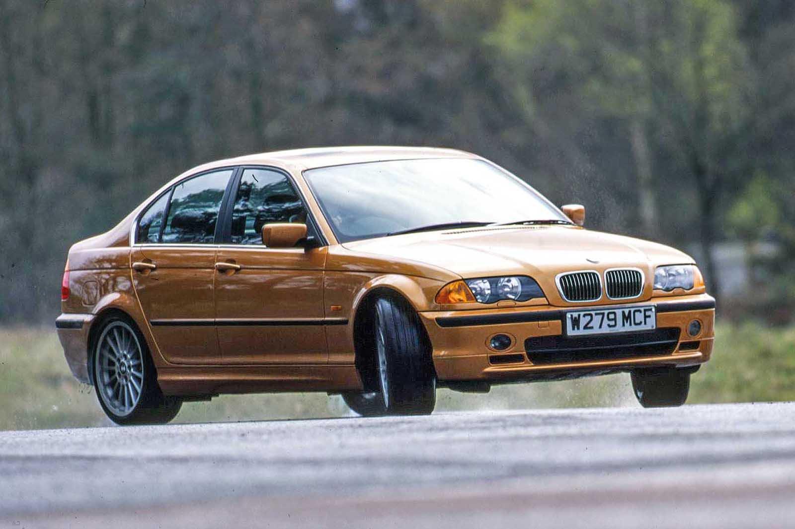 BMW 330i front three quarters