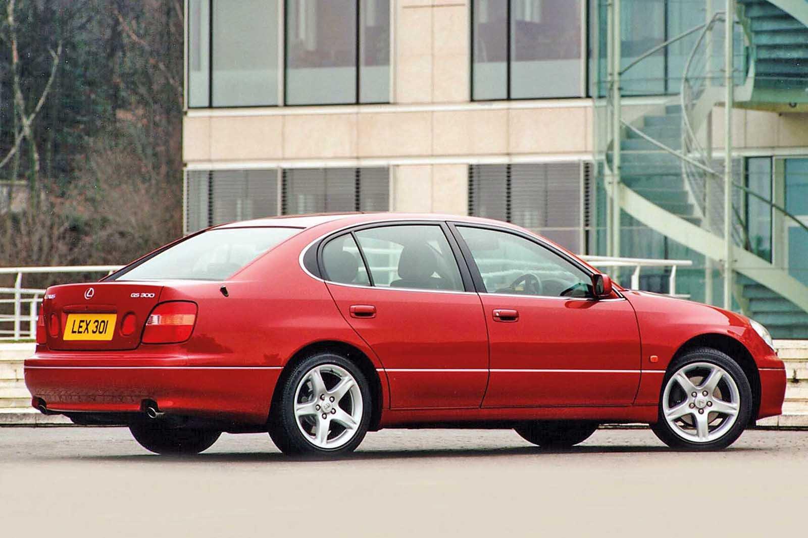 Lexus GS 300 rear/side shot