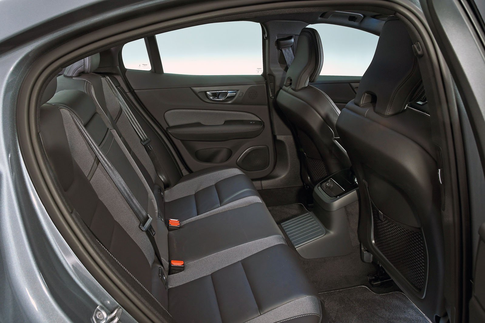 Volvo S60 rear seats