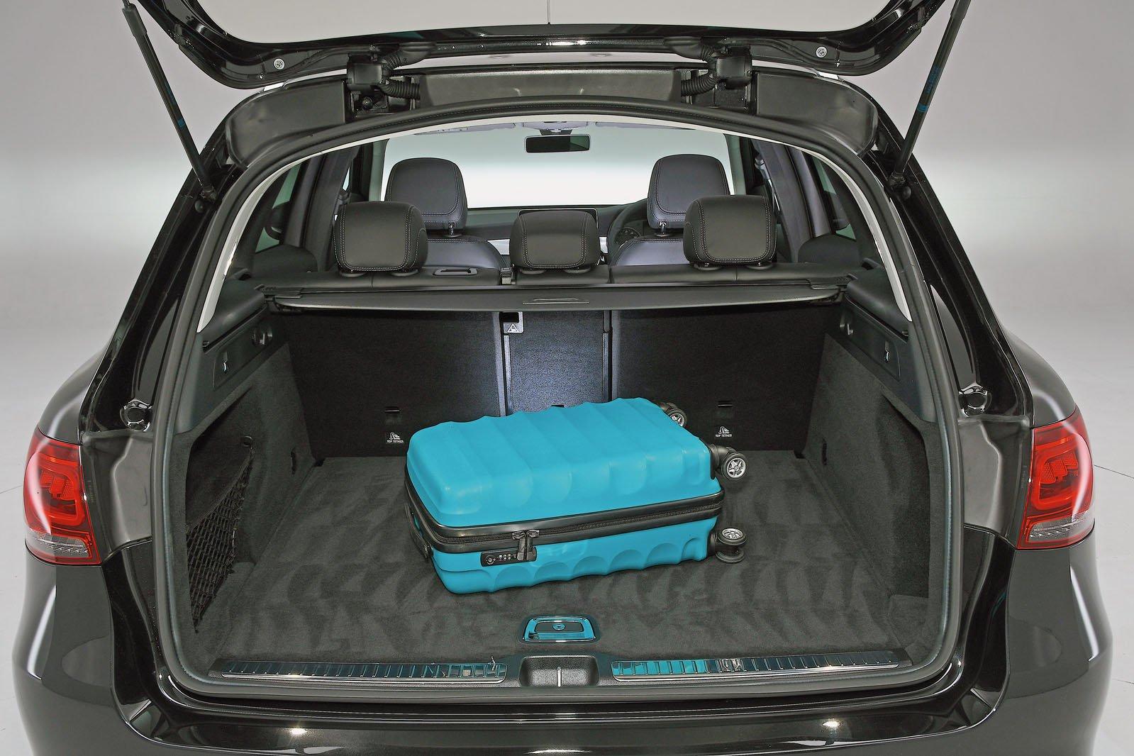 Mercedes GLC boot