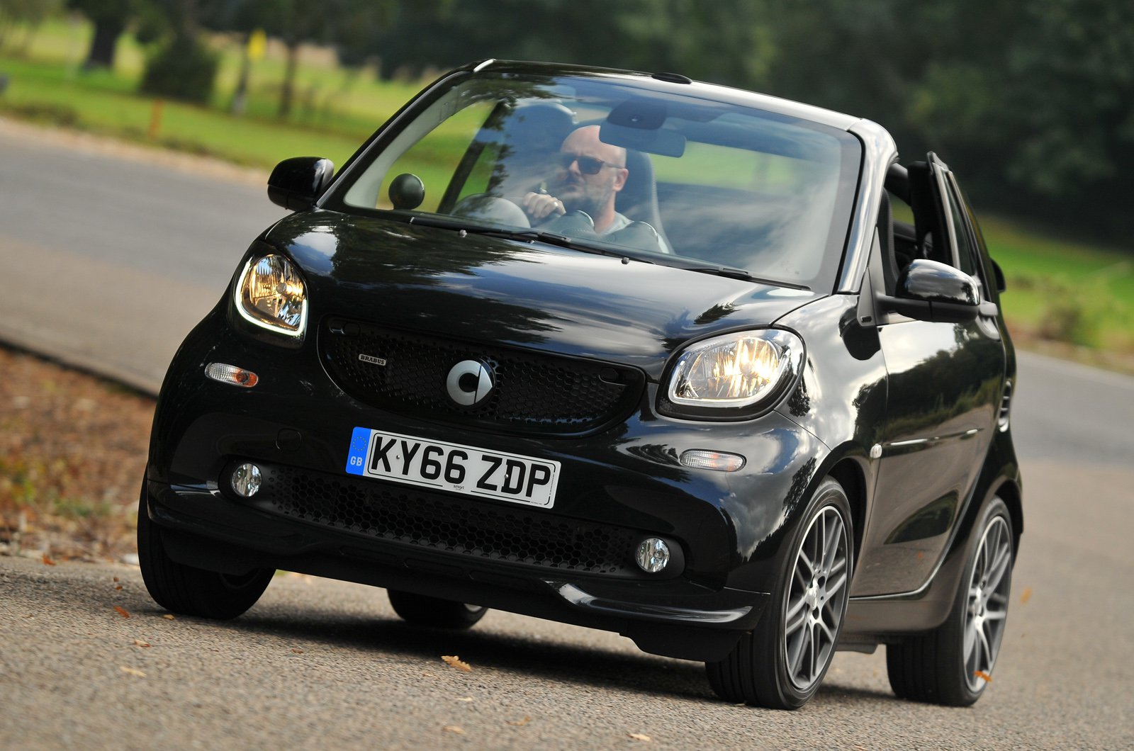 Smart Fortwo Cabriolet Brabus front