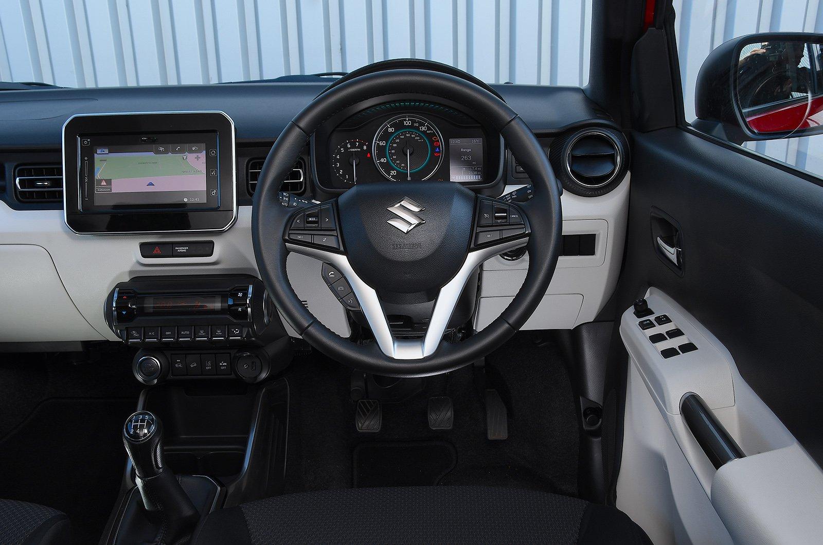 Suzuki Ignis 2019 interior