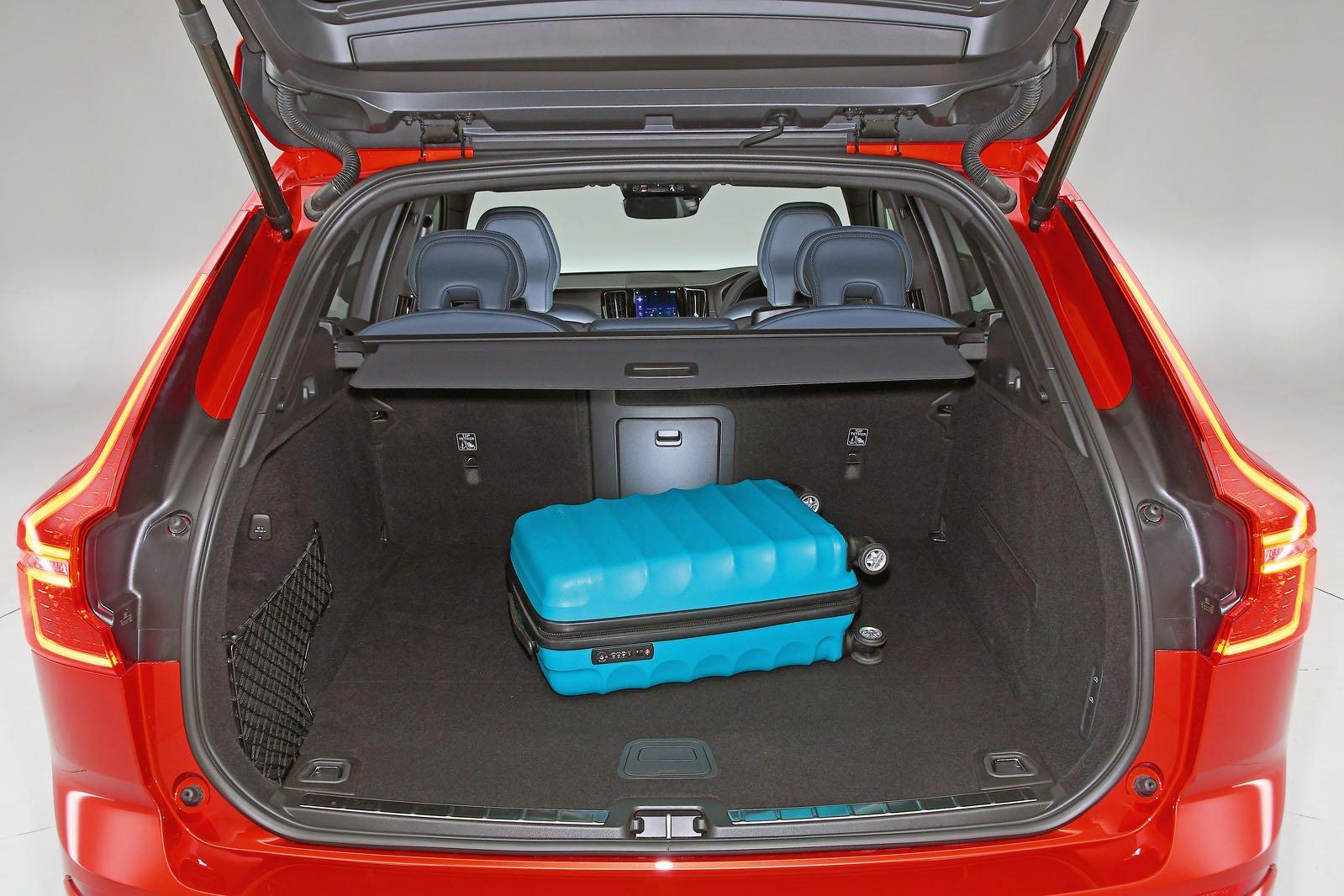 Volvo XC60 boot