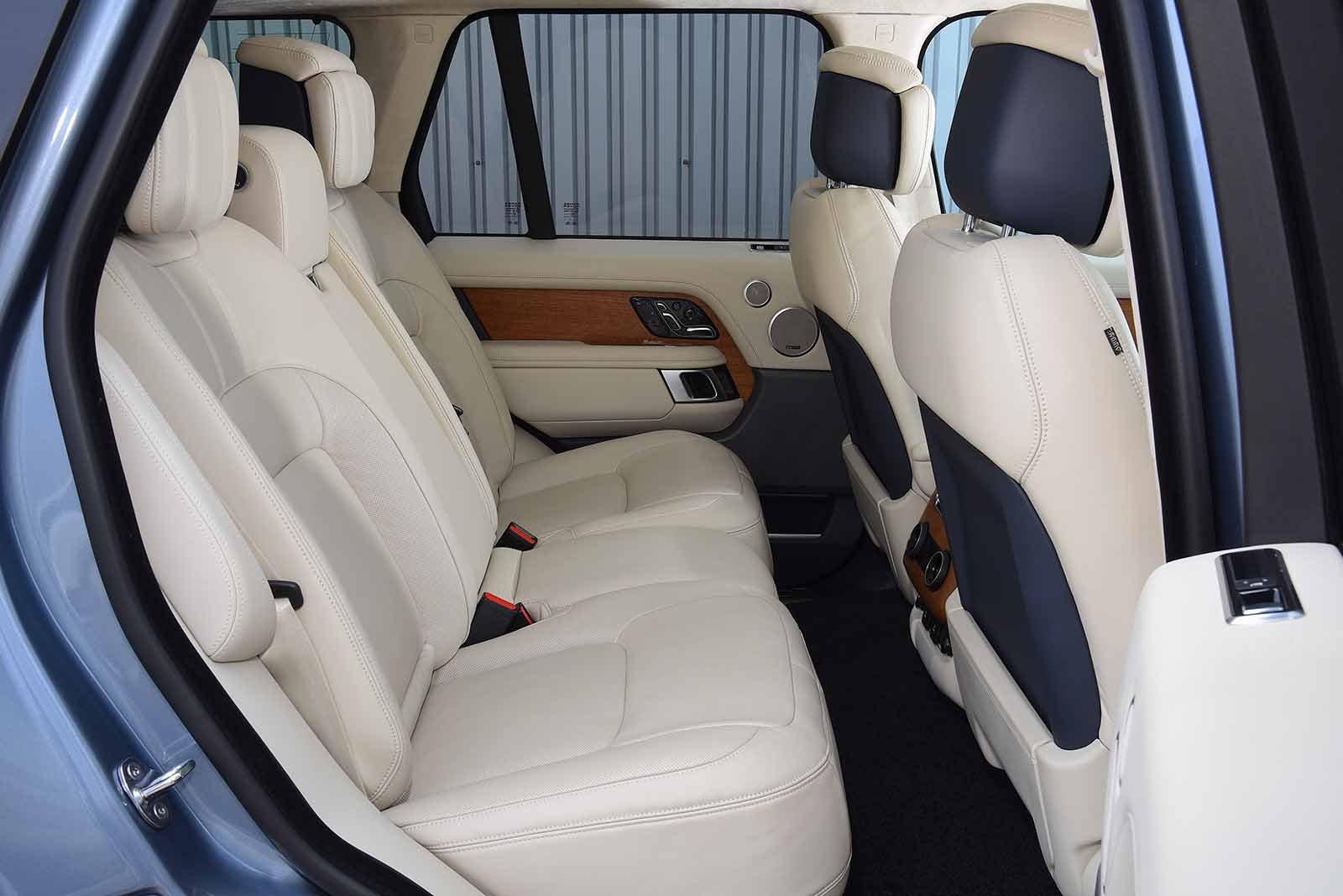 Land Rover Range Rover 2018 rear seats RHD
