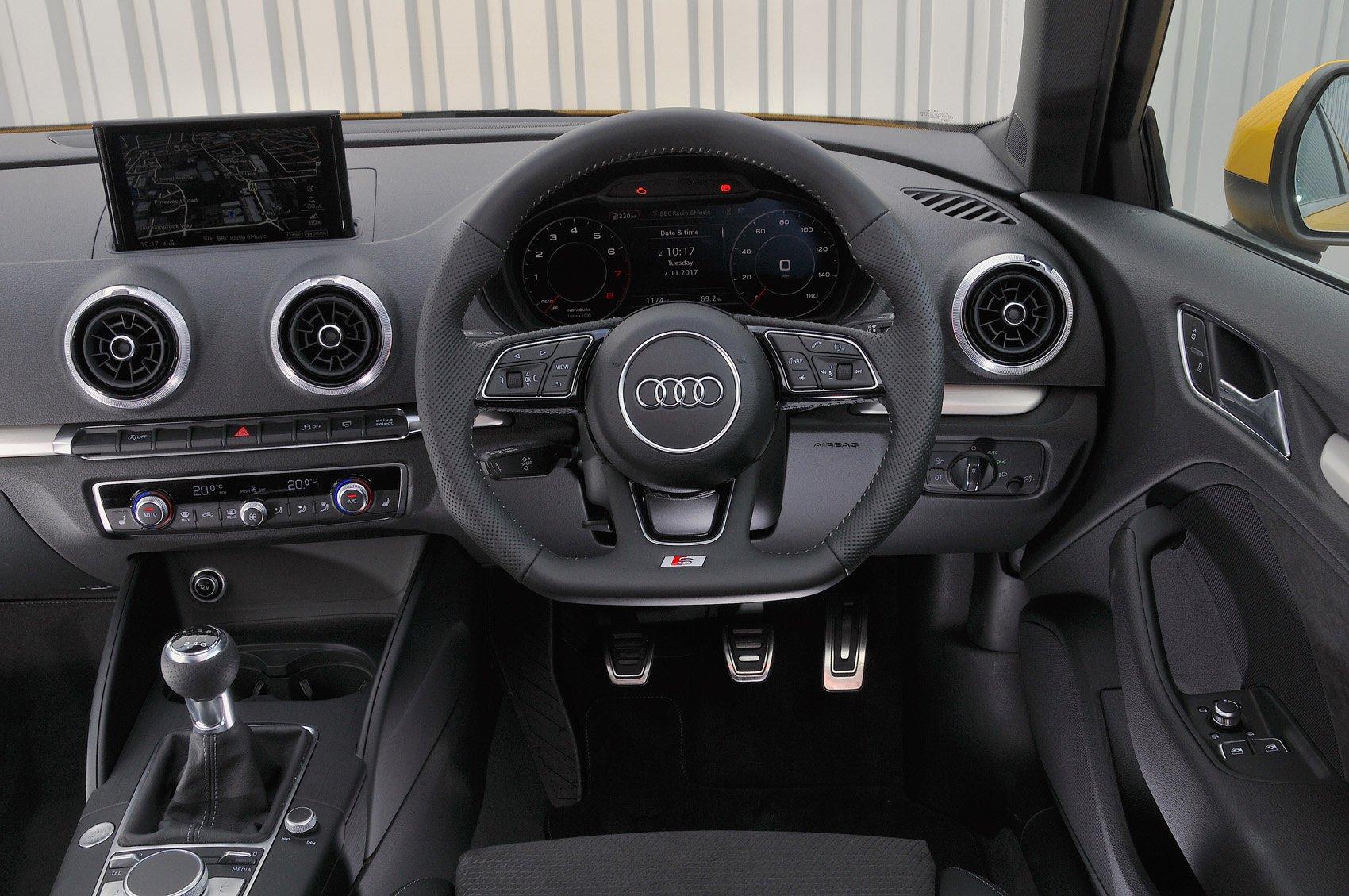 Audi A3 - interior