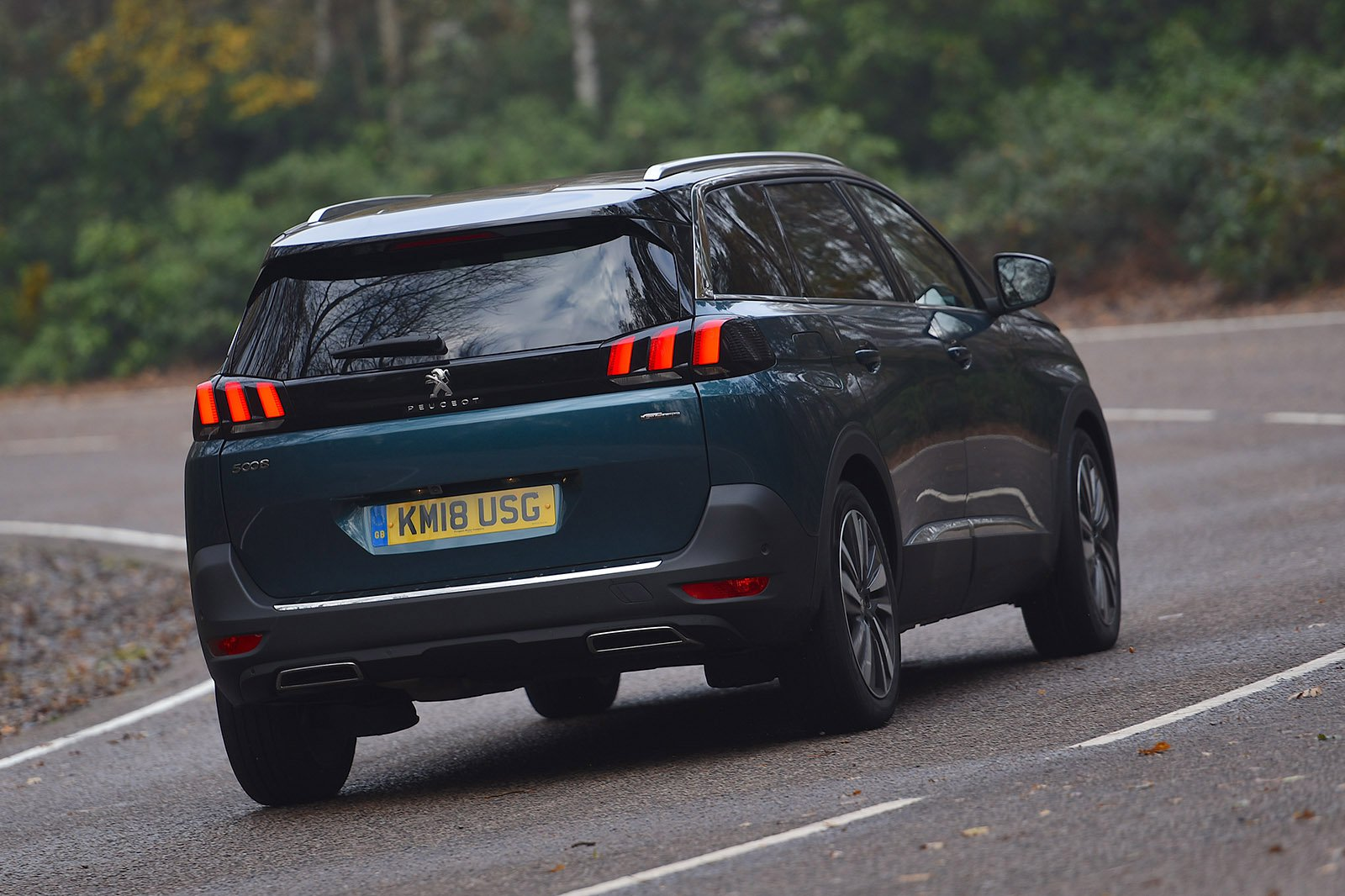 2018 Peugeot 5008 rear right tracking RHD