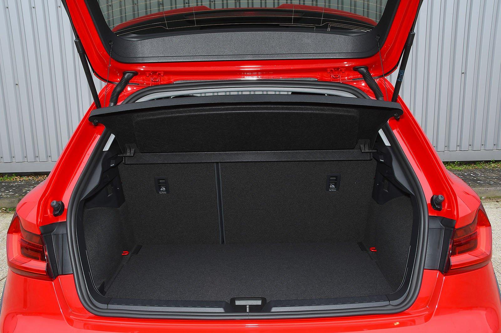 Audi A1 Citycarver boot