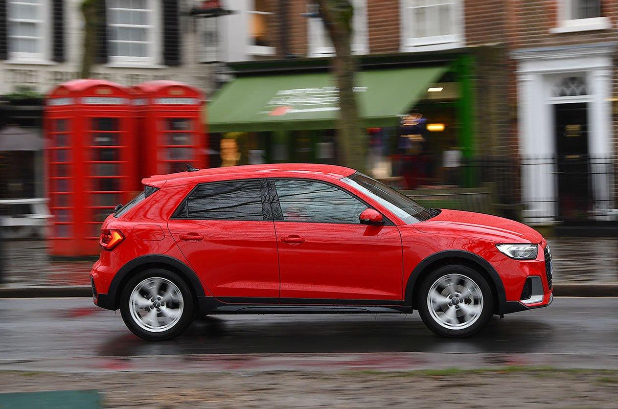 Audi A1 Citycarver side