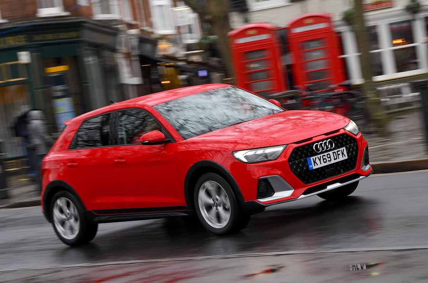 Audi A1 Citycarver front - red