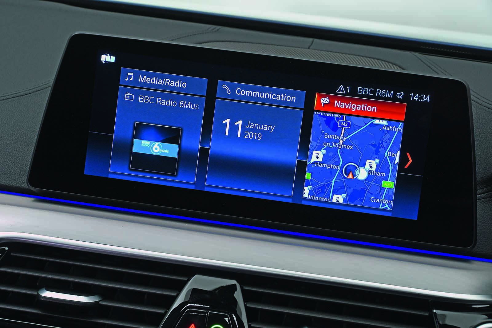 BMW 5 Series Saloon 2019 infotainment RHD