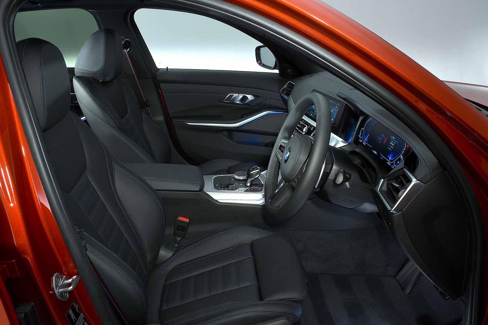 BMW 3 Series Saloon 2019 front seats RHD