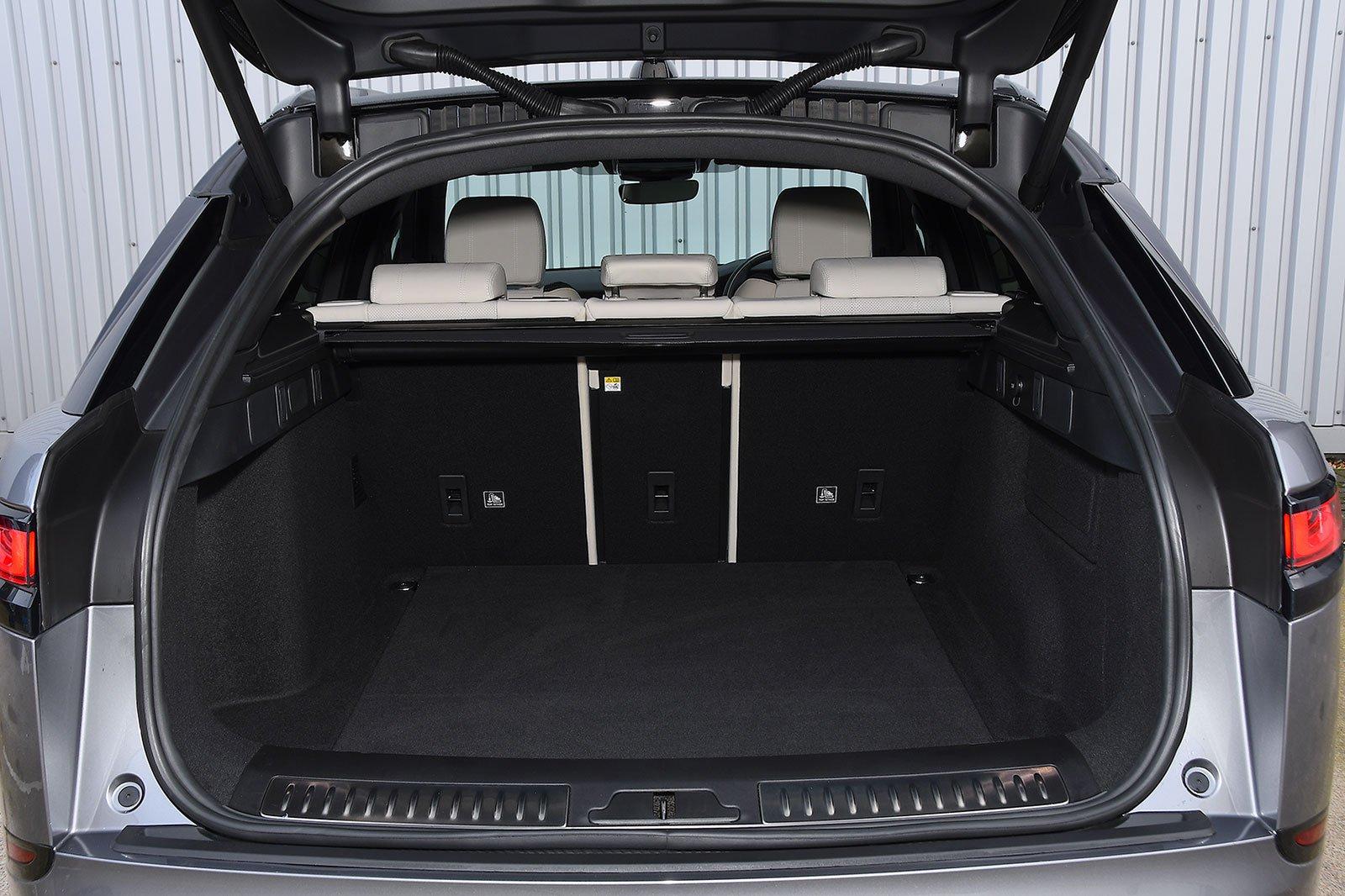 2020 Range Rover Velar P250 R-Dynamic SE boot