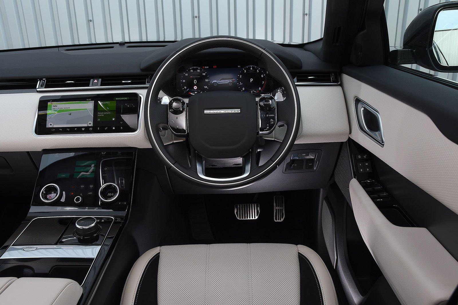 2020 Range Rover Velar P250 R-Dynamic SE interior