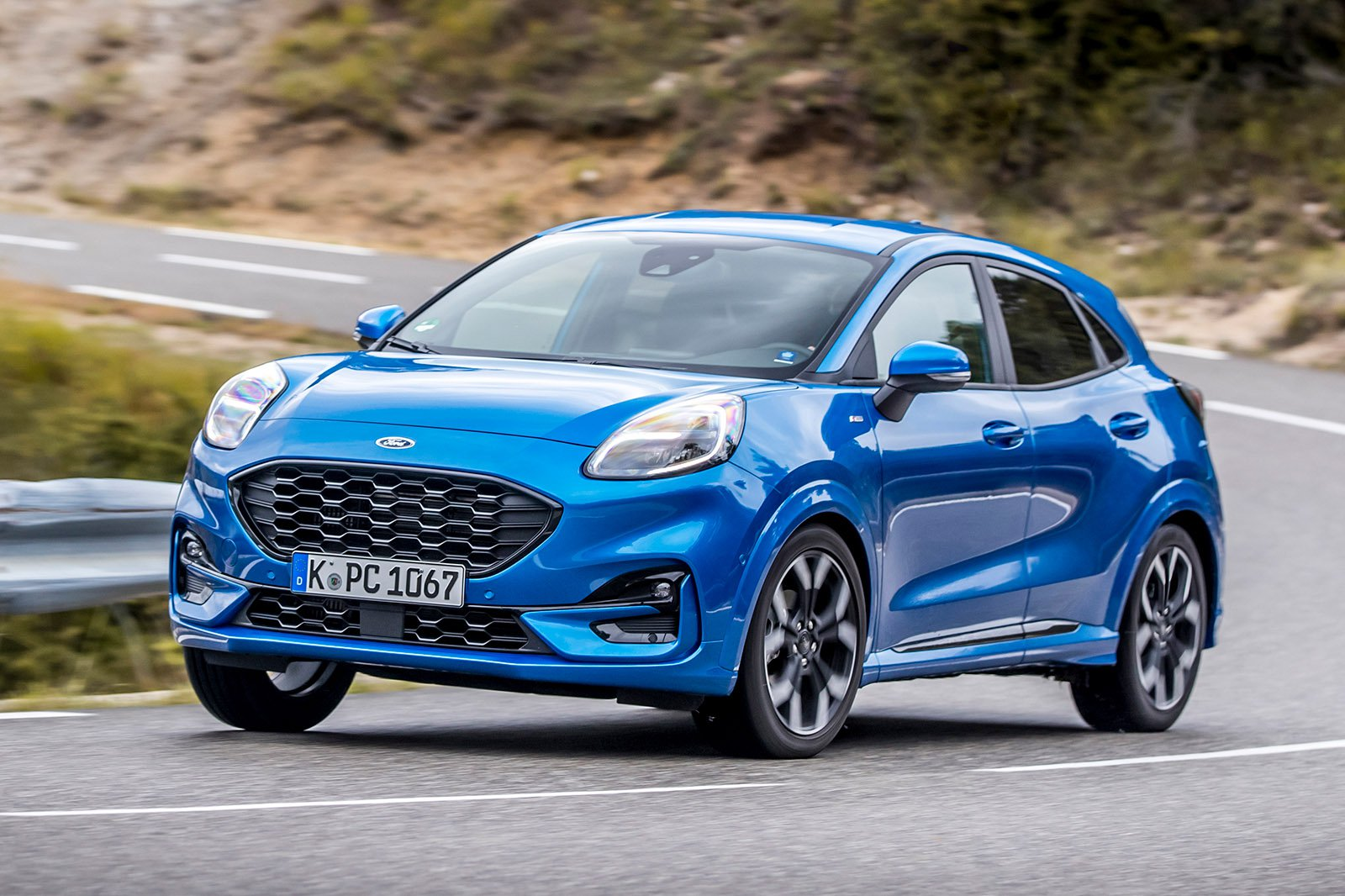 Ford Puma 2020 front left tracking LHD