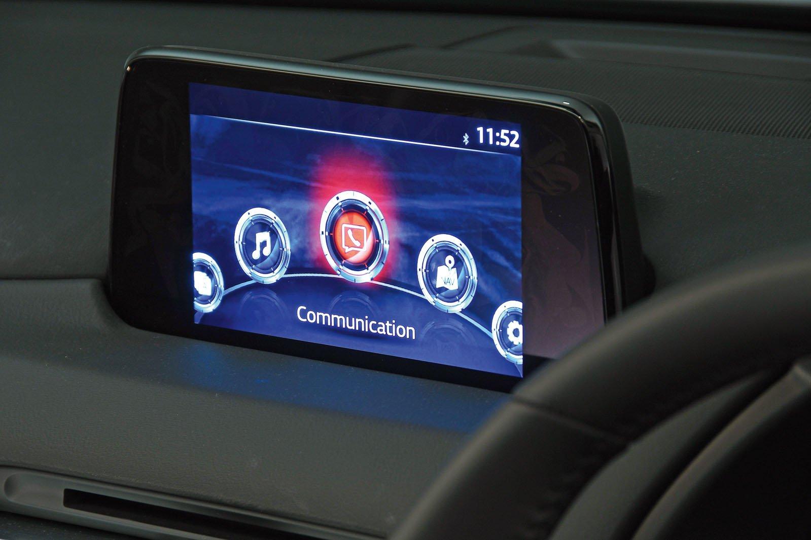 Mazda CX-5 infotainment