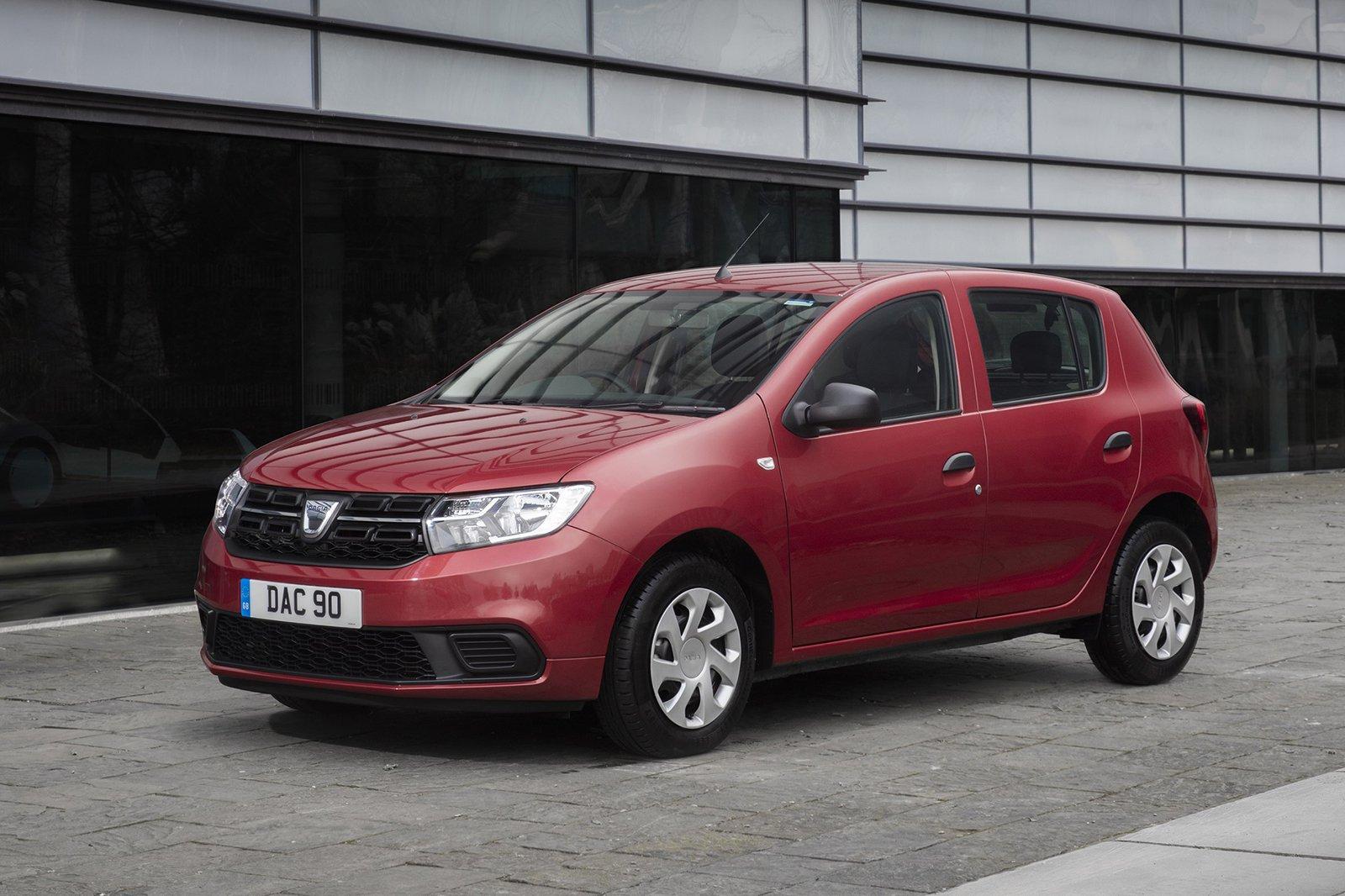 Dacia Sandero 2019 front left urban static