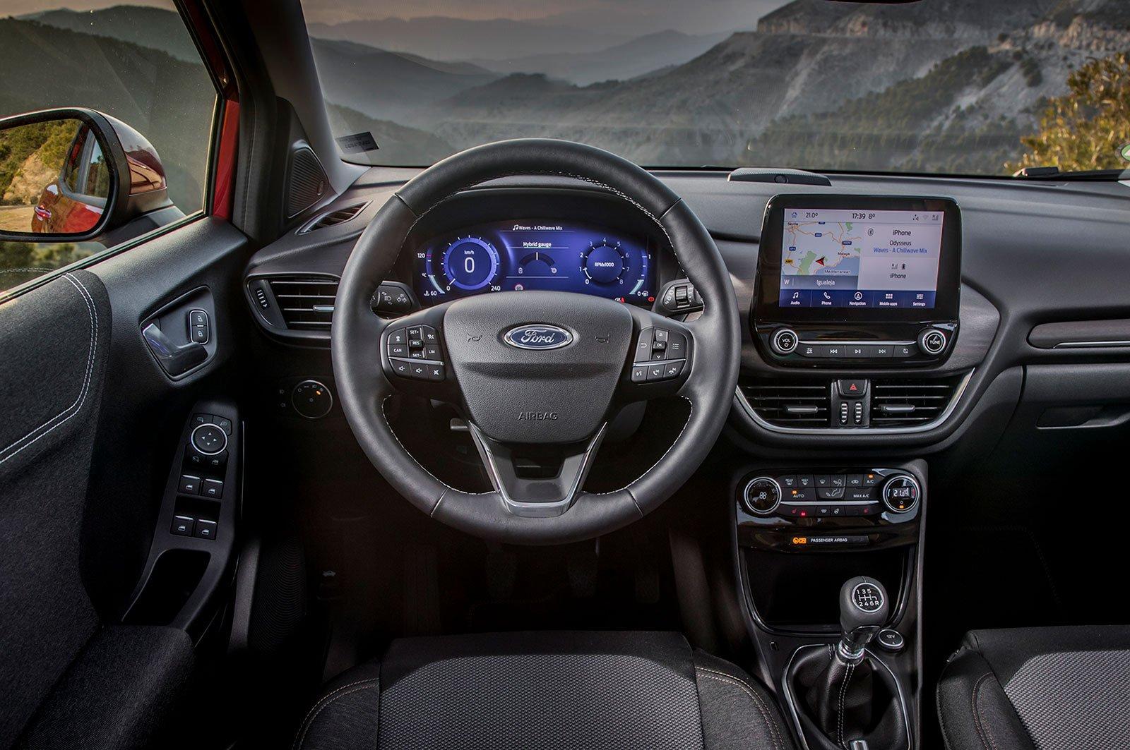 2020 Ford Puma 125 EcoBoost Hybrid Titanium interior
