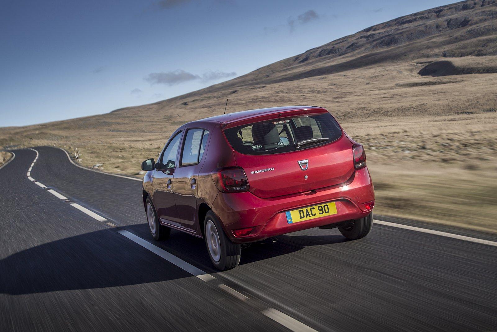 Dacia Sandero 2019 rear left tracking
