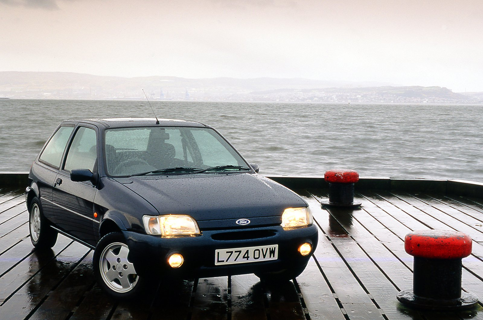 Ford Fiesta 1.1LX front three quarters