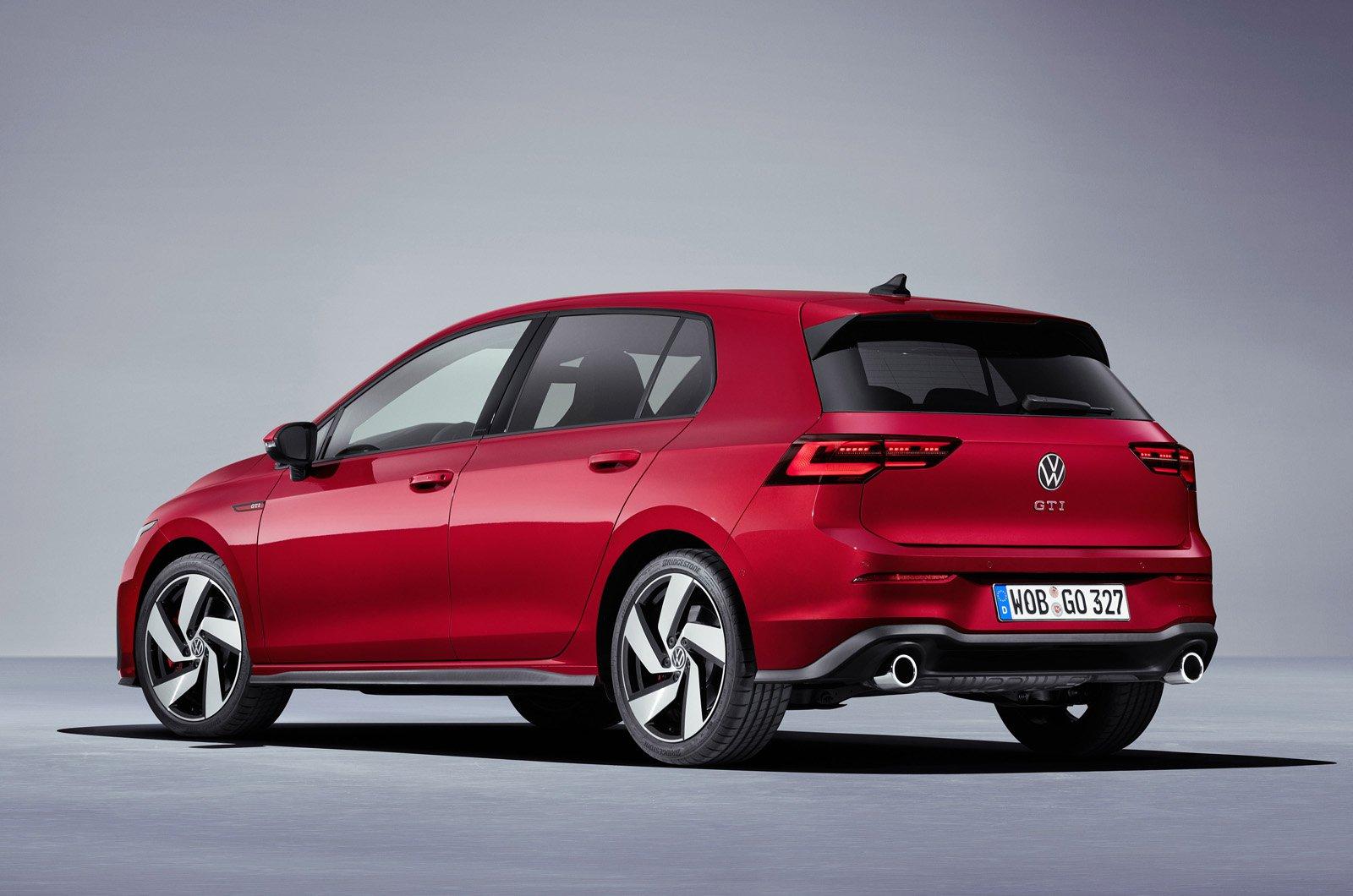 2020 Volkswagen Golf GTI rear