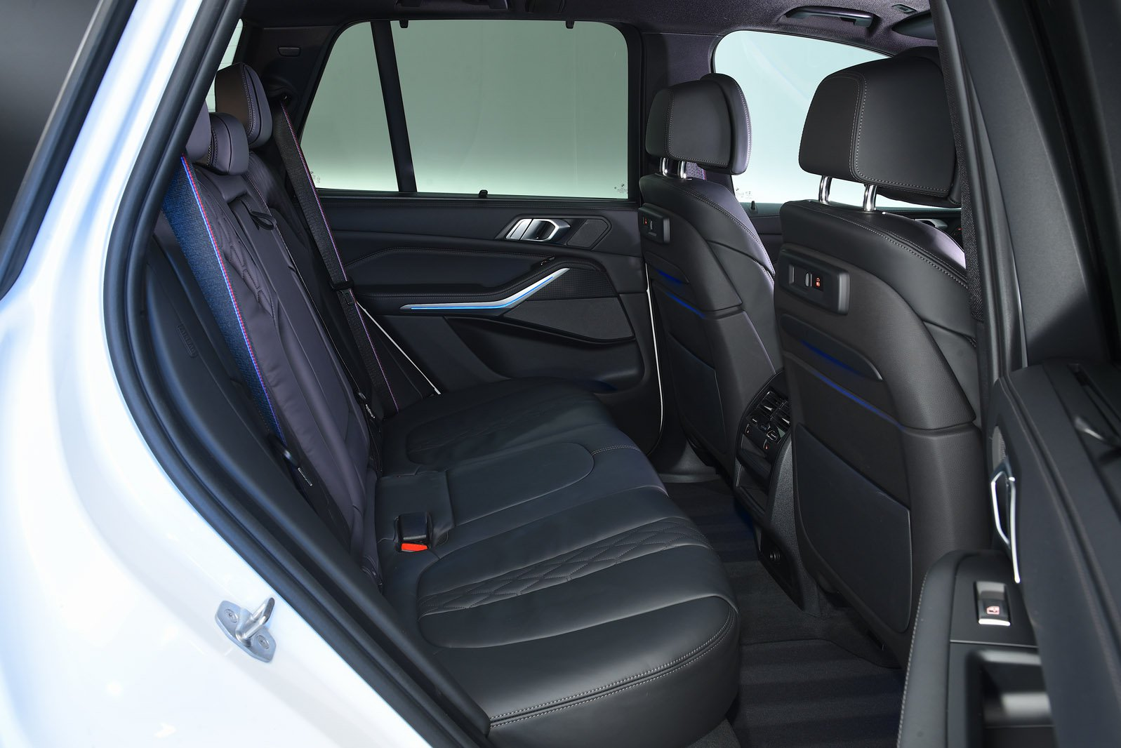 BMW X5 2020 RHD rear seats