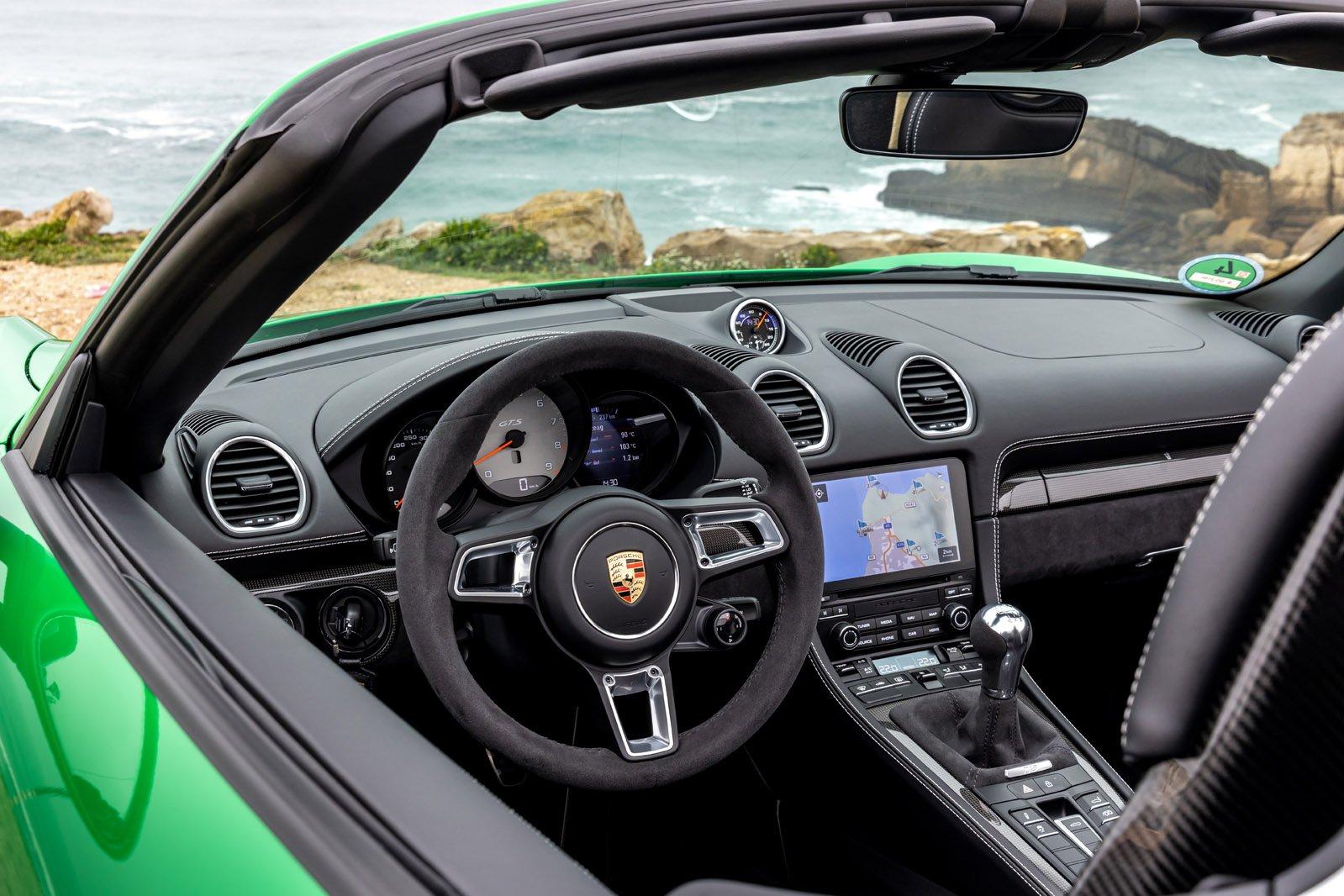 2020 Porsche 718 Boxster GTS interior