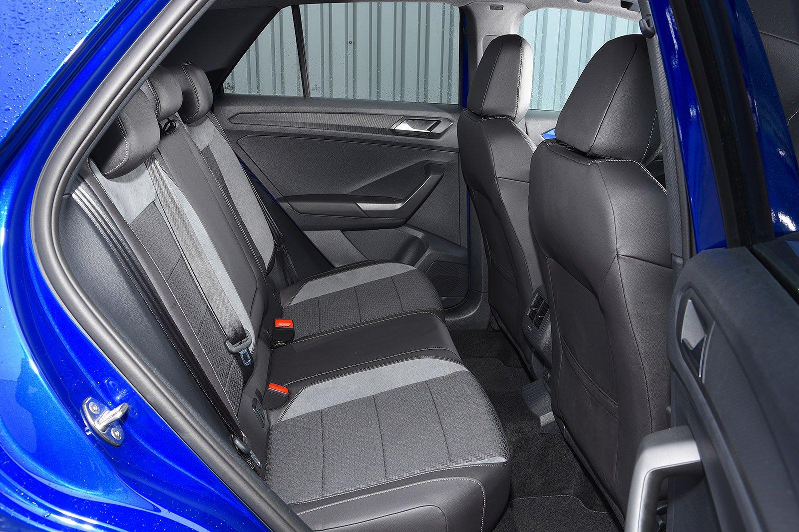 Volkswagen T-Roc R 2020 RHD rear seats