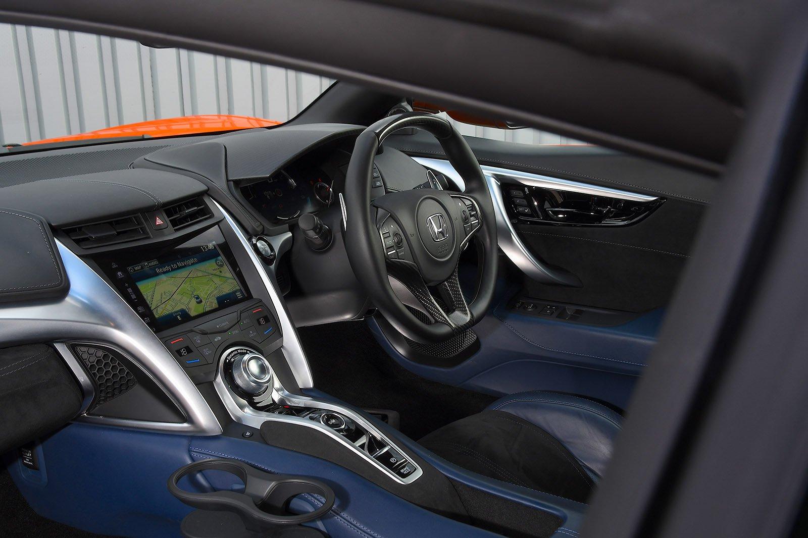 Honda NSX 2020 RHD dashboard