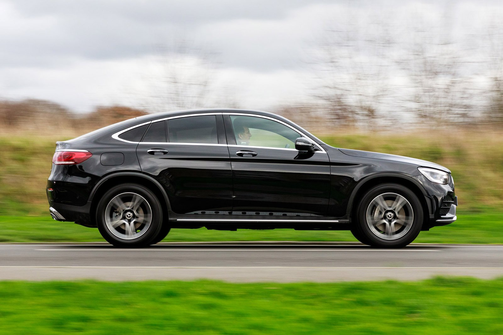 Mercedes GLC Coupe 2021 RHD right panning