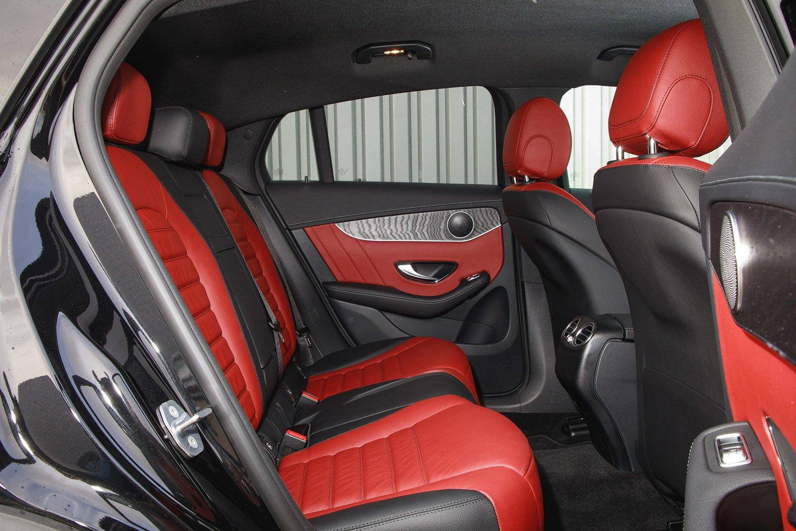 Mercedes-Benz GLC 2021 RHD rear seats