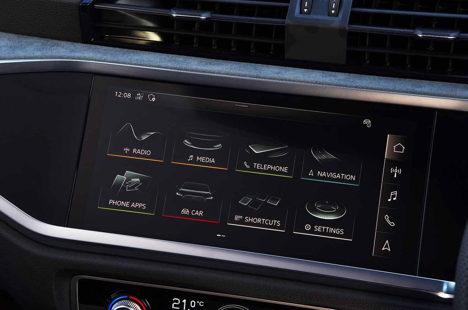 LT Audi Q3 Sportback touchscreen