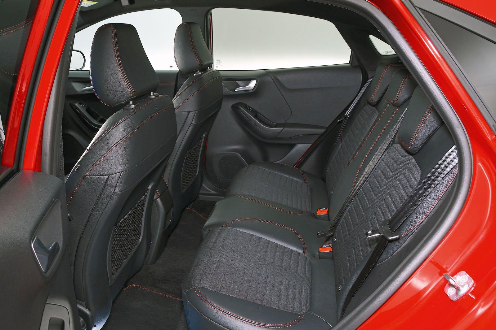 Ford Puma rear seats