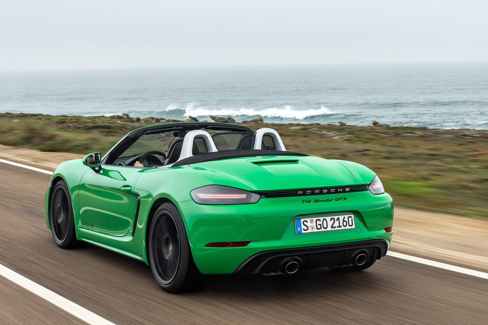 Porsche Boxster 2020 LHD rear tracking