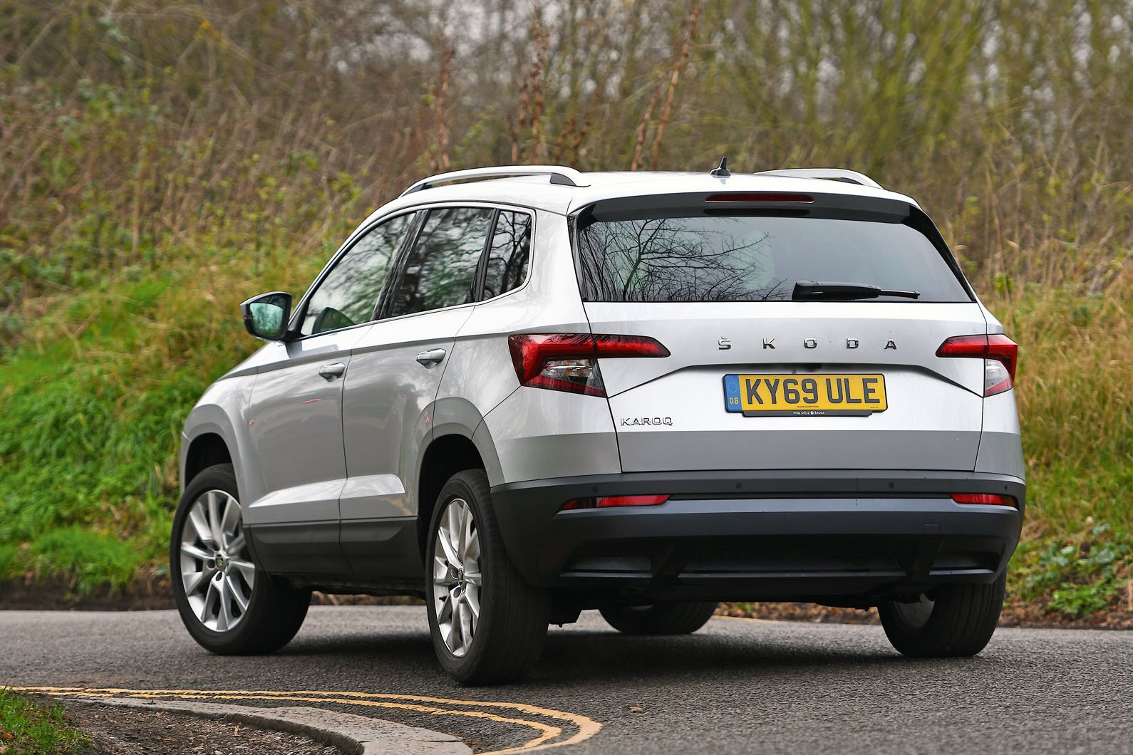 Skoda Karoq 2020 RHD left rear tracking