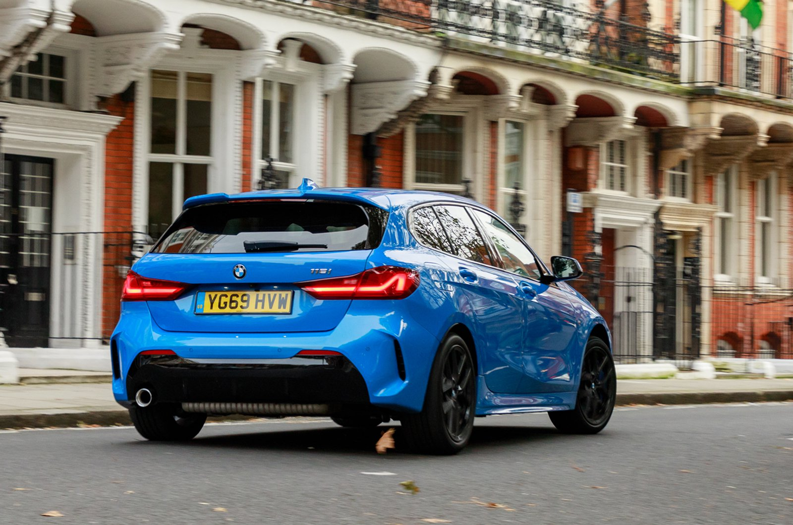 1 Series long-termer London tracking