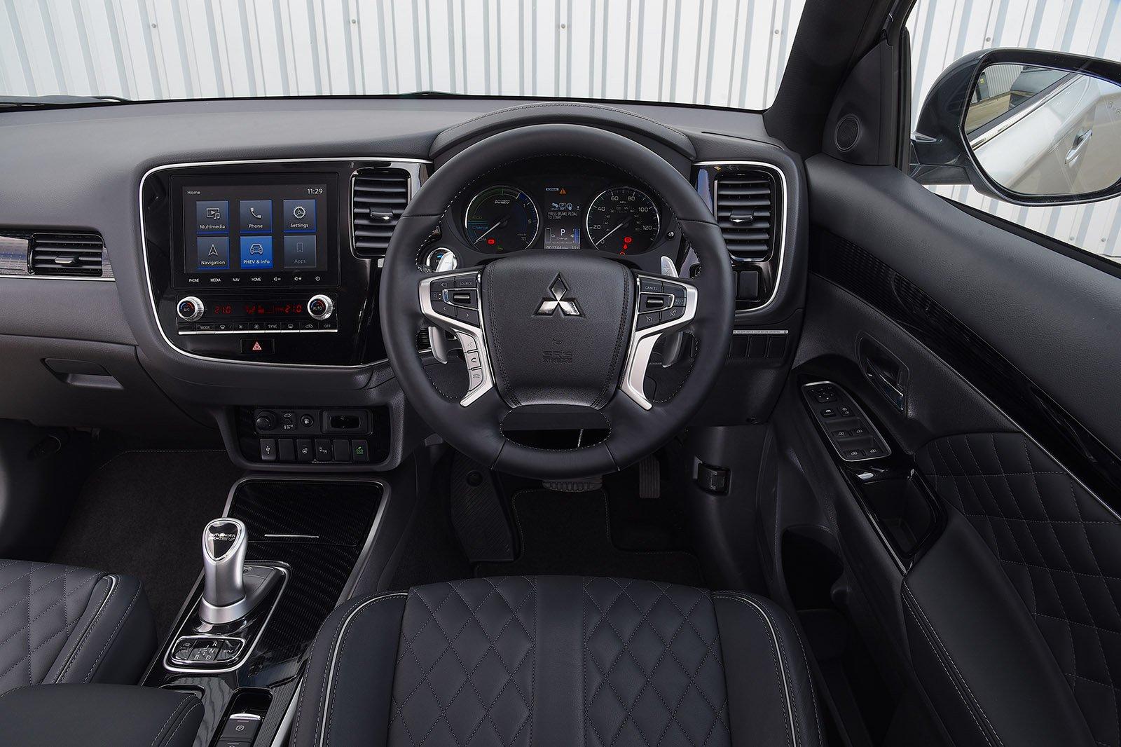 2020 Mitsubishi Outlander PHEV RHD interior