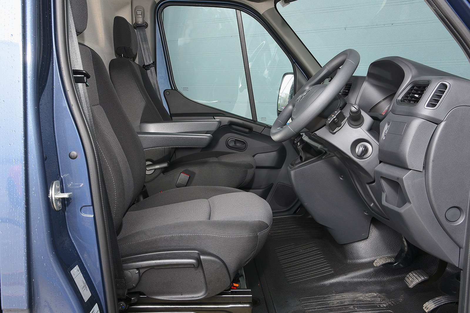 Renault Master 2020 RHD front seats