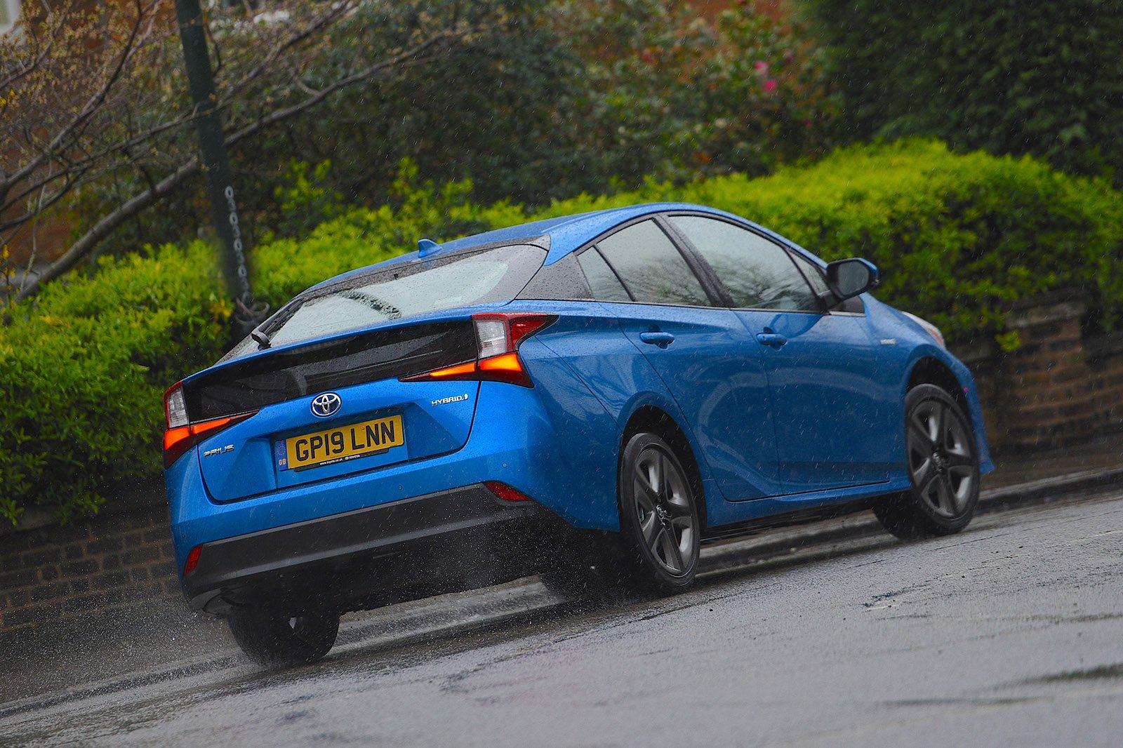 Toyota Prius 2020 RHD rear cornering