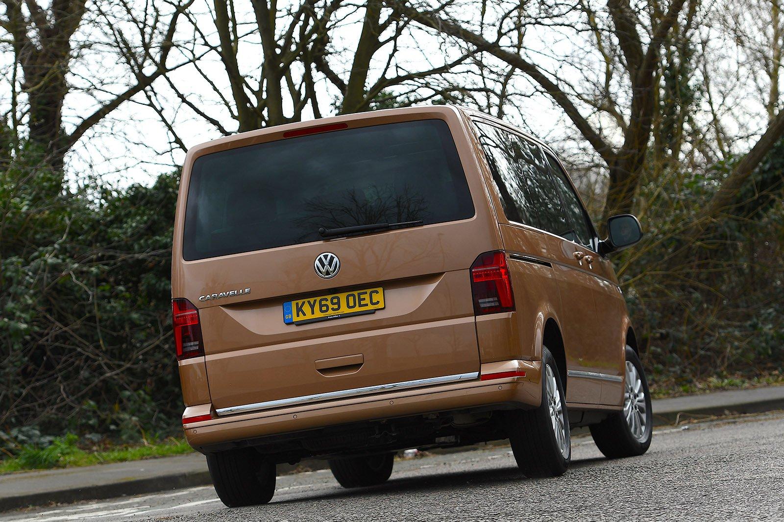 Volkswagen Caravelle 2020 RHD rear tracking