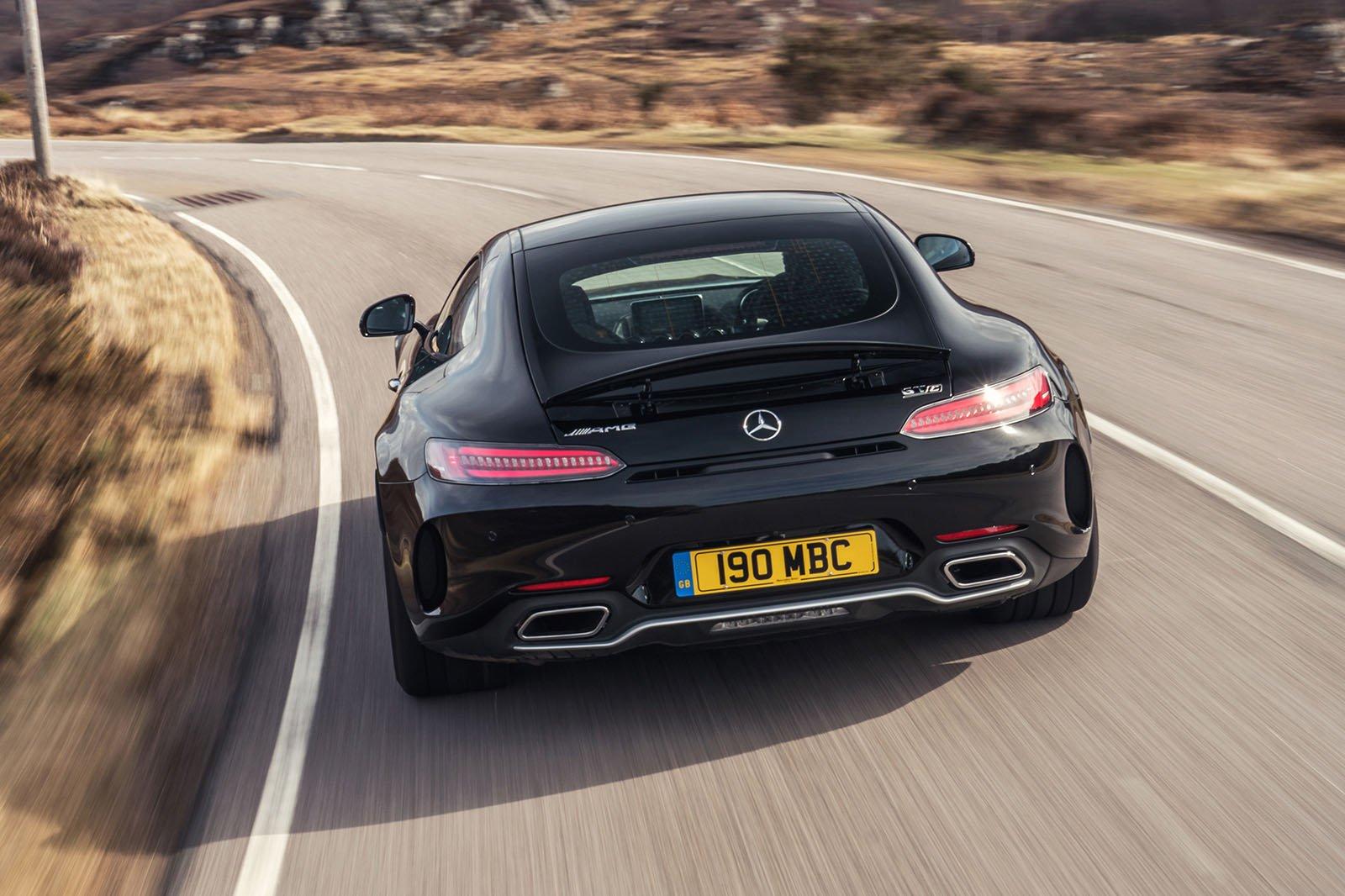 Mercedes-AMG GT 2020 RHD rear tracking