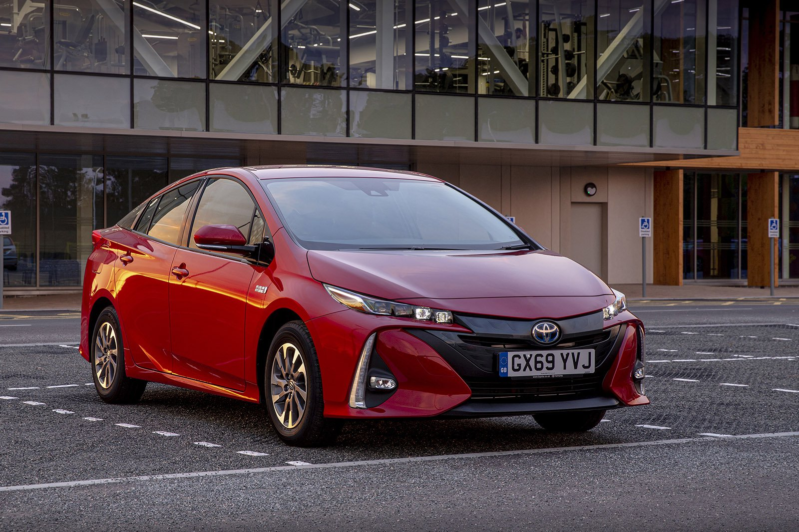 Toyota Prius 2020 RHD front right static