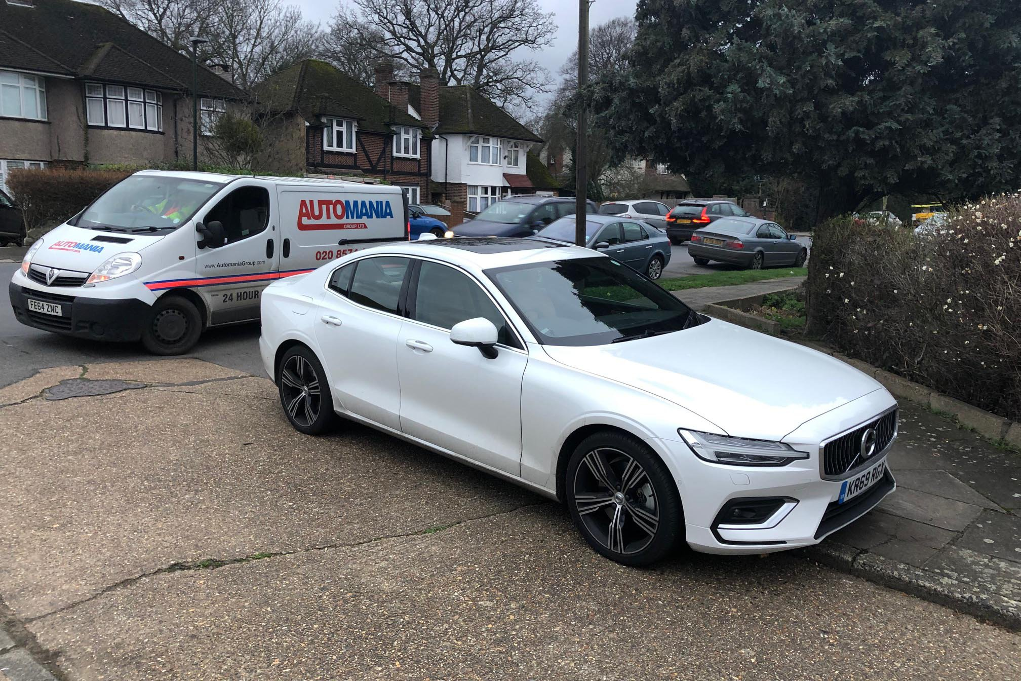 Volvo S60 Assist