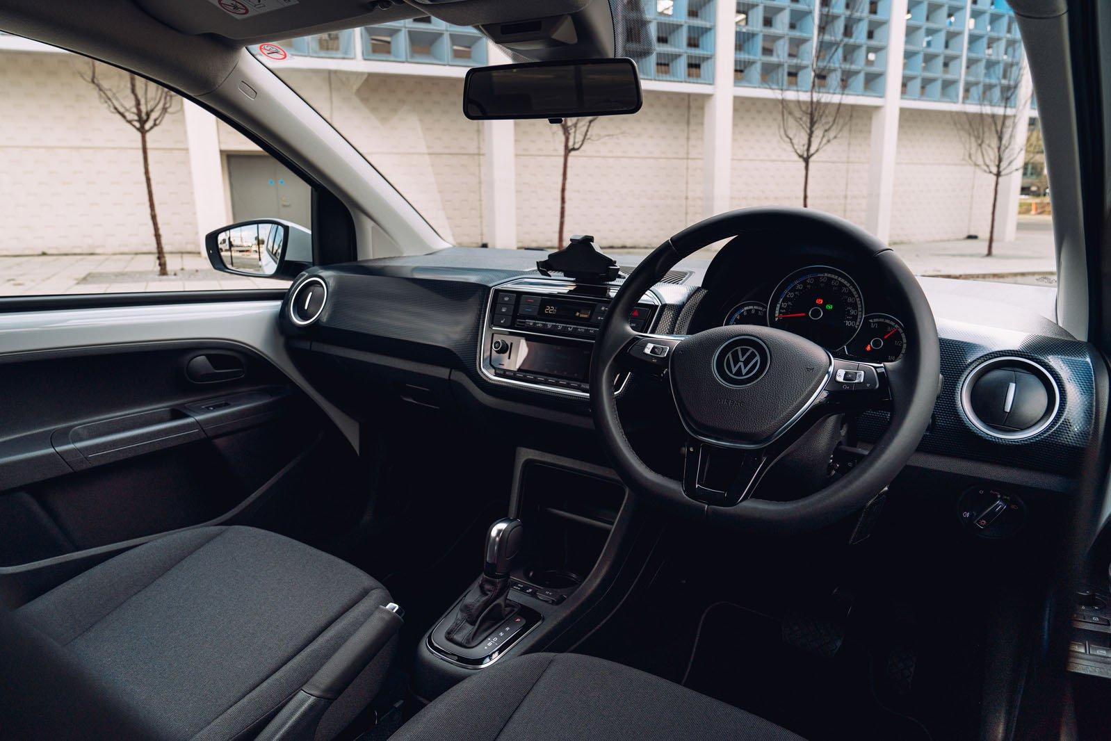 Volkswagen e-Up 2020 RHD front seats