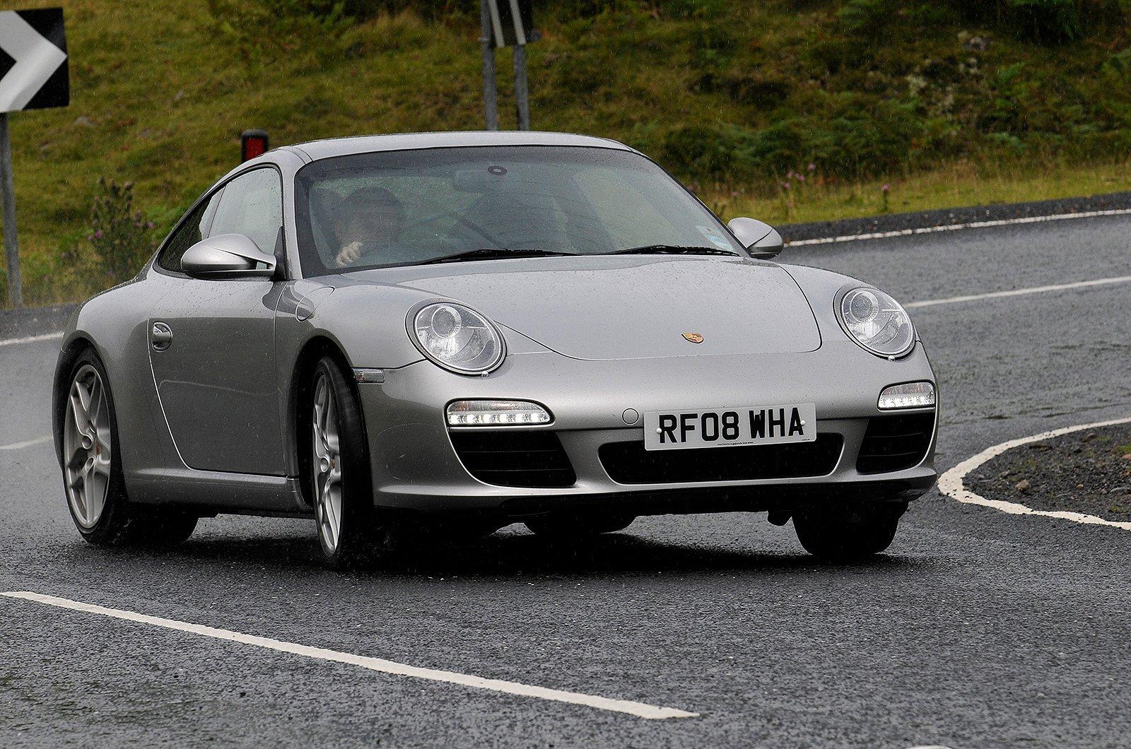 Porsche 911 front three quarters