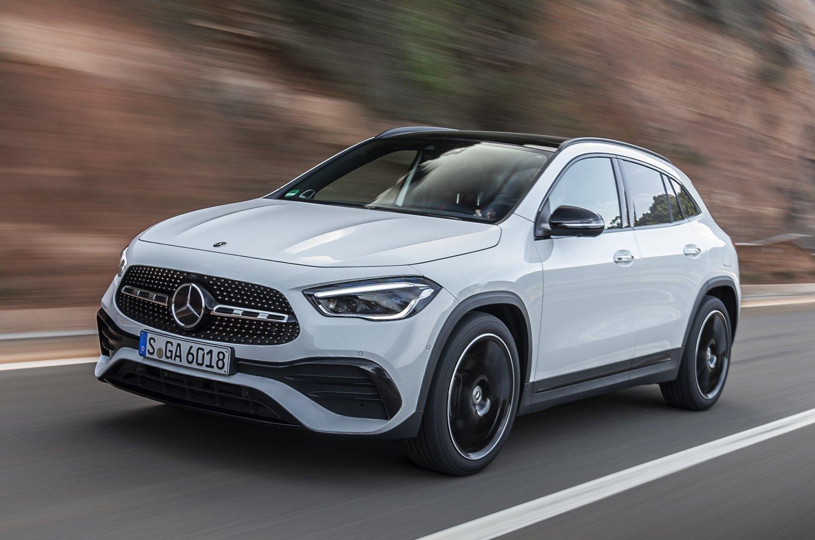 2020 Mercedes GLA250 front