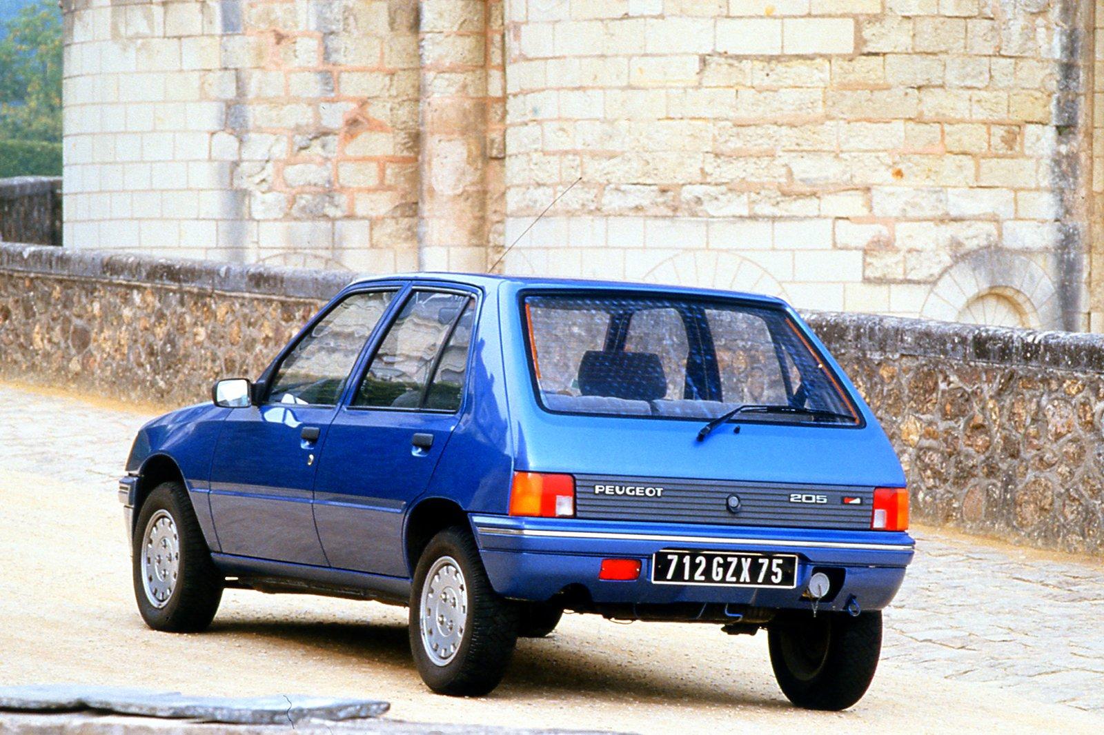 Peugeot 205 rear