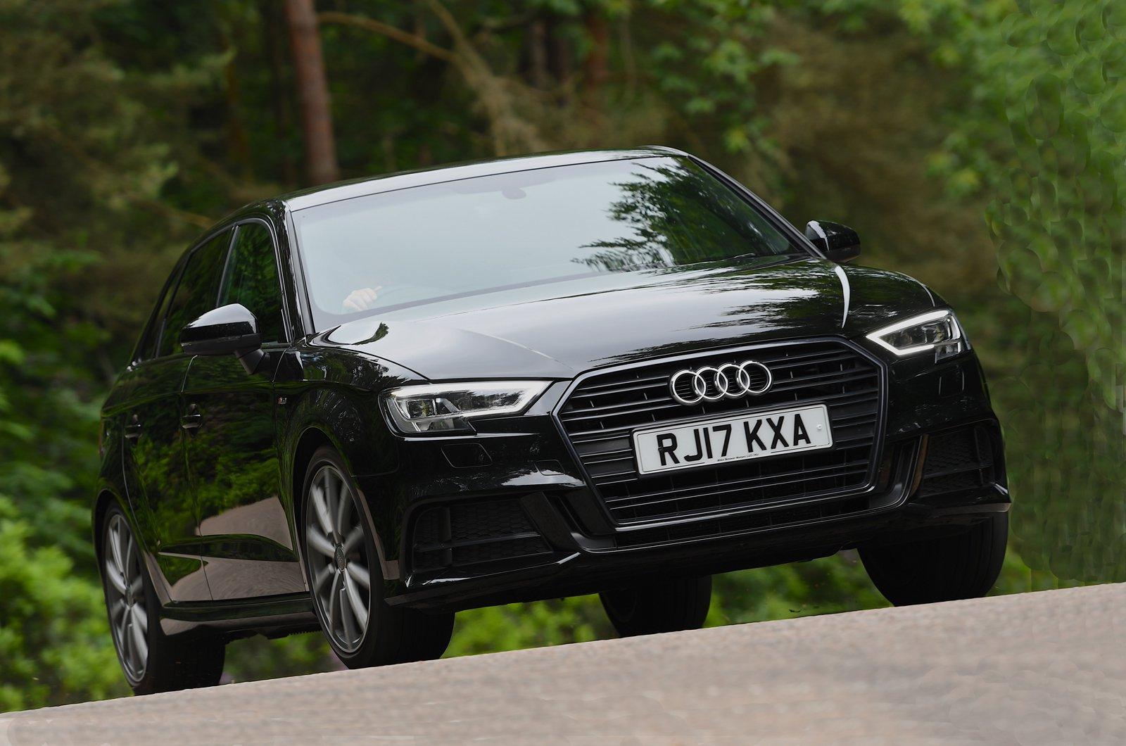Audi A3 Sportback front - black