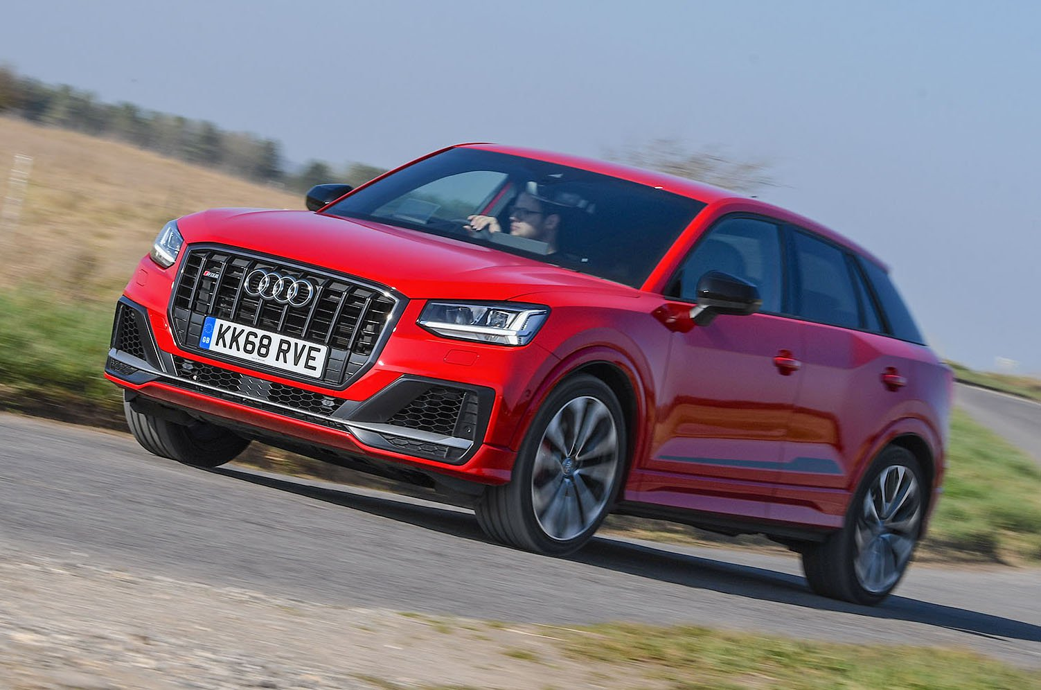 Audi SQ2 front - red