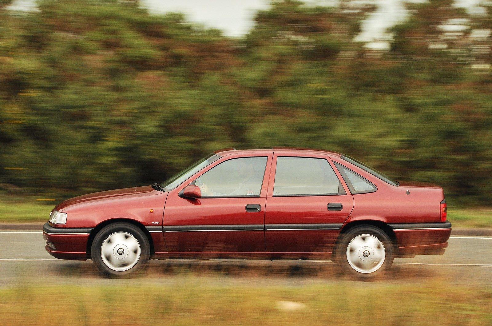 Vauxhall Cavalier Mk3 side