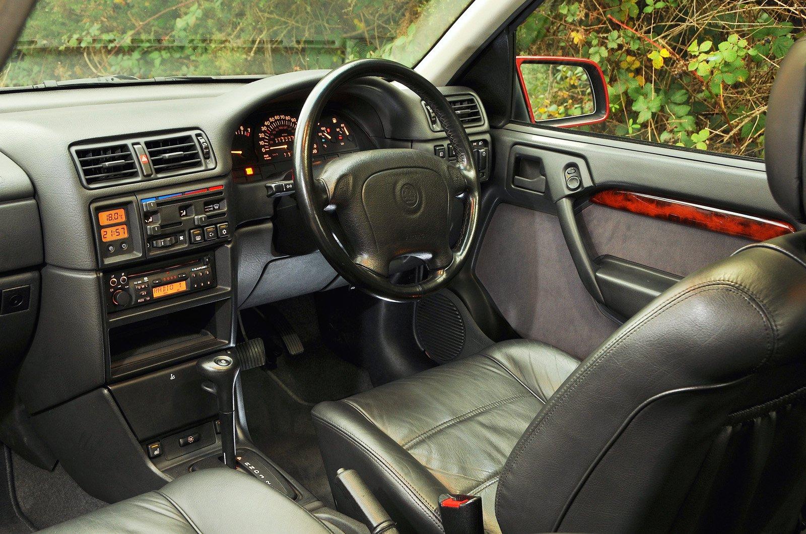 Vauxhall Cavalier Mk3 dashboard